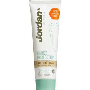 Køb Jordan Green Clean Caries Protection Tandpasta 75 ml online hos apotekeren.dk